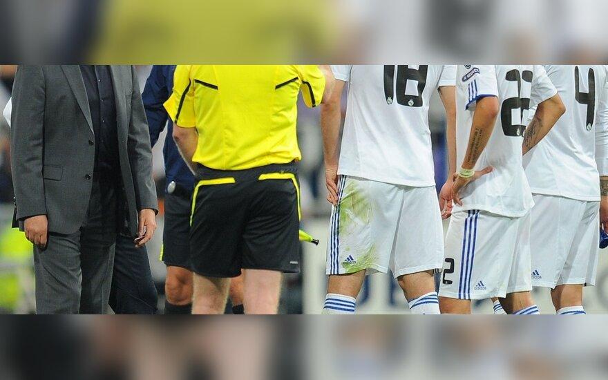 Teisėjas išvaro į tribūną Jose Mourinho