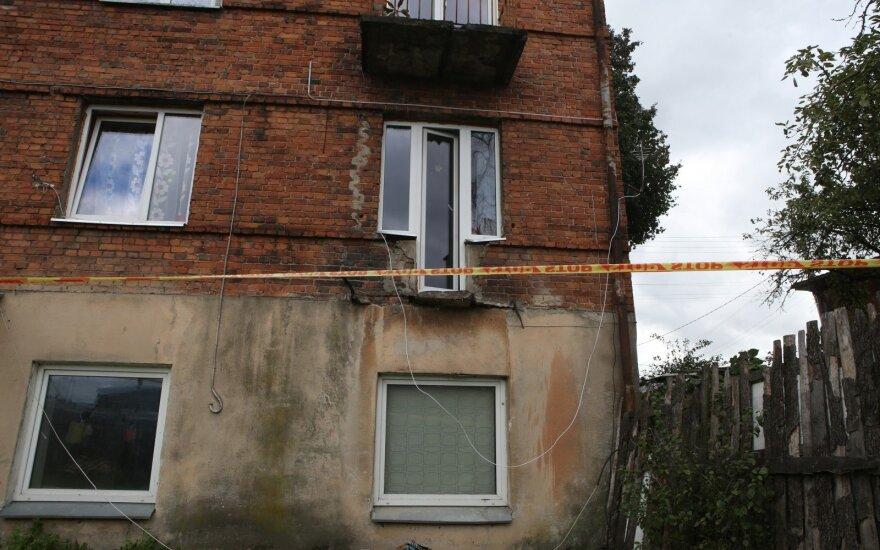 Kaune nukrito socialinio būsto balkonas