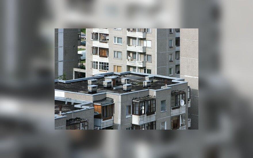 Vyriausybė renovavimo paramą karpo jau pateiktiems projektams