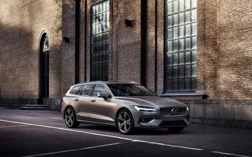 """Naujos kartos """"Volvo V60"""""""