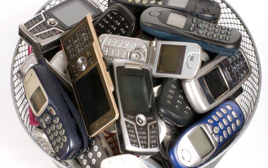 Vilniaus mokyklos galės varžytis, kuri surinks daugiau senų mobiliųjų telefonų
