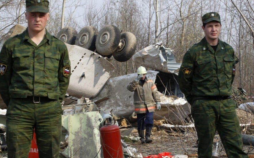 Rusija leis Lenkijos ekspertams apžiūrėti prezidentinio lėktuvo nuolaužas