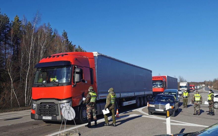 Siekiant sumažinti vilkikų eiles, Lenkijos pasienyje atidarytas antras kontrolės punktas