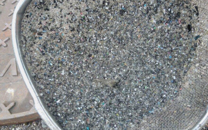 """Plastiko tarša """"Vilniaus vandenų"""" kaltinama """"Ecso"""" žada įdiegti trigubą nuotekų apsaugą"""