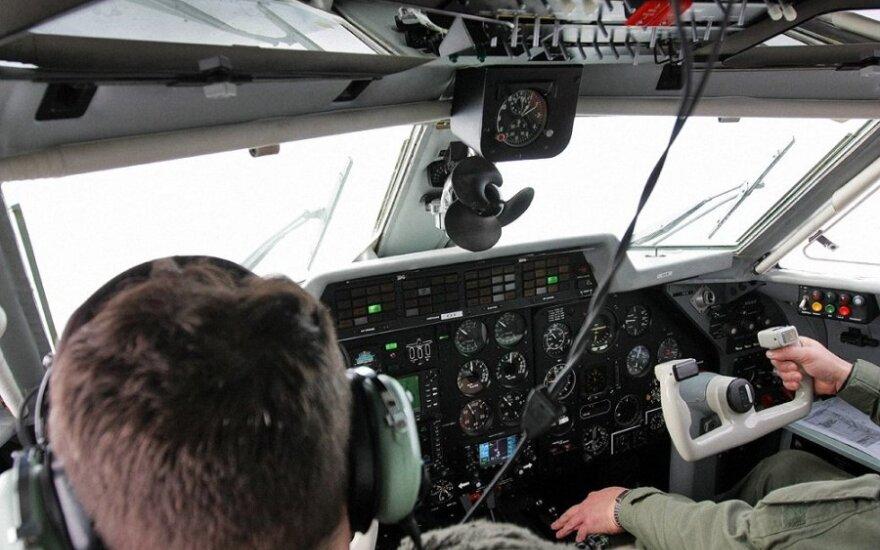 """Lietuvos karinių oro pajėgų transportinis lėktuvas Let L-410 """"Turbolet"""""""