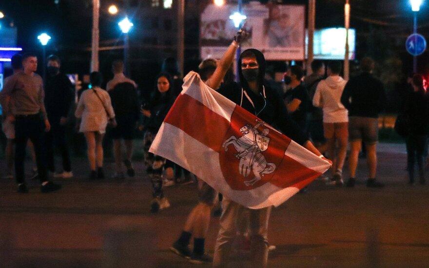 Lietuva tiesia pagalbos ranką: sužeistiems Baltarusijos protestuotojams siūlo gydymą
