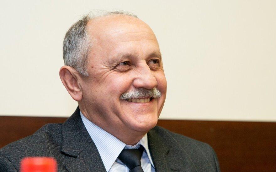 Jurijus Usačiovas