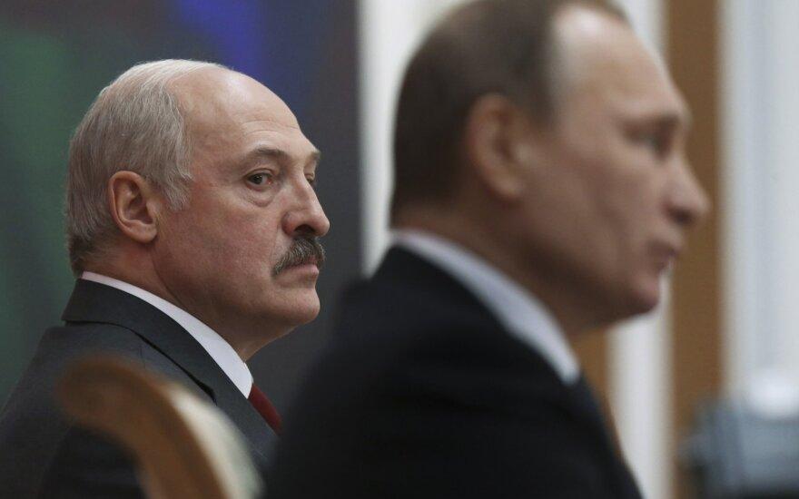 Dėl ko A. Lukašenka pykstasi su V. Putinu