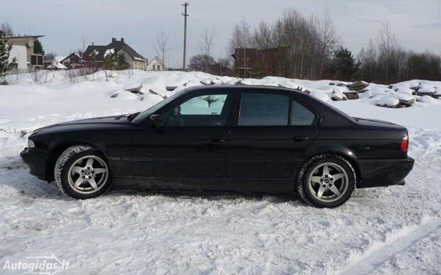 Metų seklys: BMW pardavėjo nužudymas atskleistas per parą