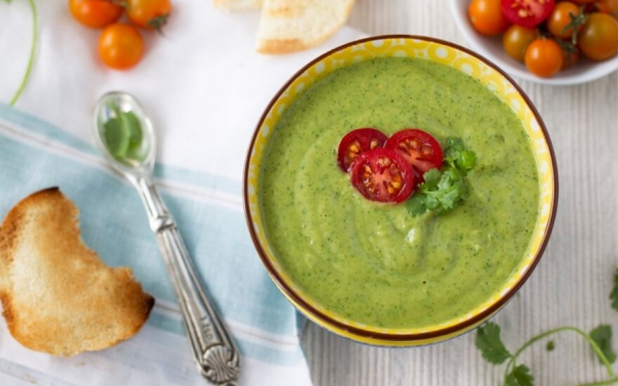 Avokadų sriuba