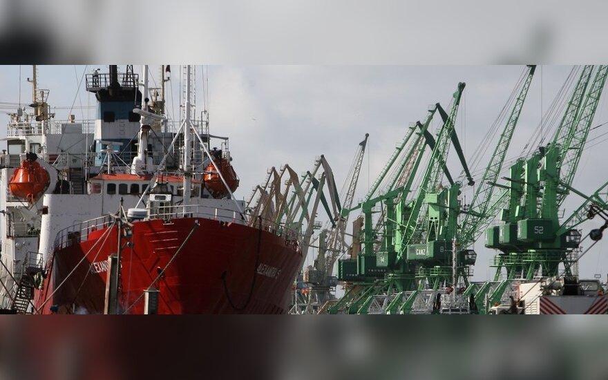 Klaipėdos uoste laivyba vis dar ribojama