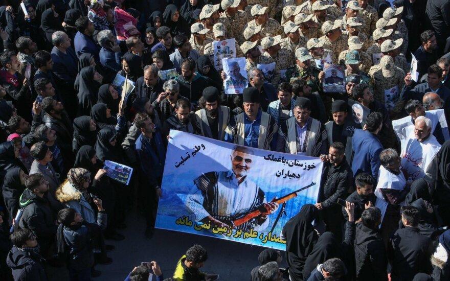 Per masinę paniką Irane žuvusių žmonių skaičius išaugo iki 56