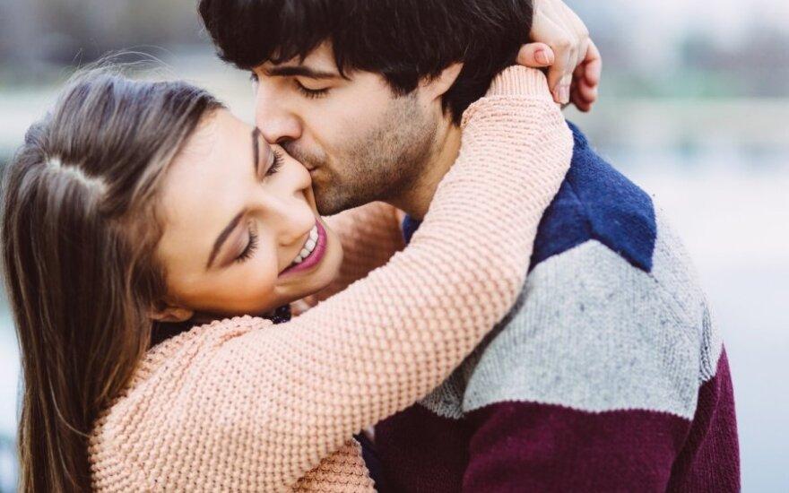 Mylėkit ne tik savo mylimą, bet ir pačius santykius