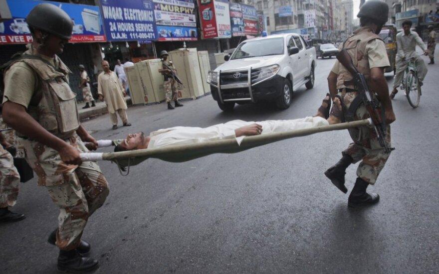 Pakistanas