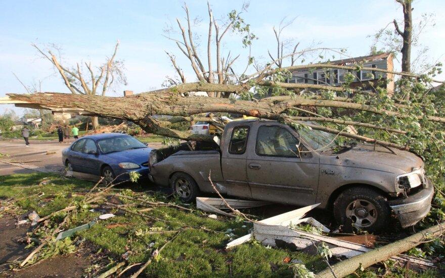 Tornadai Ohajo valstijoje nusinešė mažiausiai vieną gyvybę, padarė didelės žalos