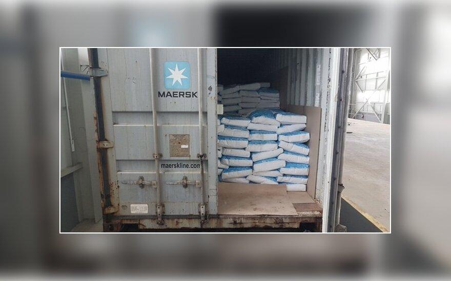 Konteineryje su pieno milteliais – cigarečių kontrabanda