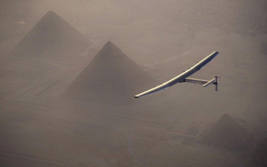 """Solar Impulse 2"" lėktuvas"