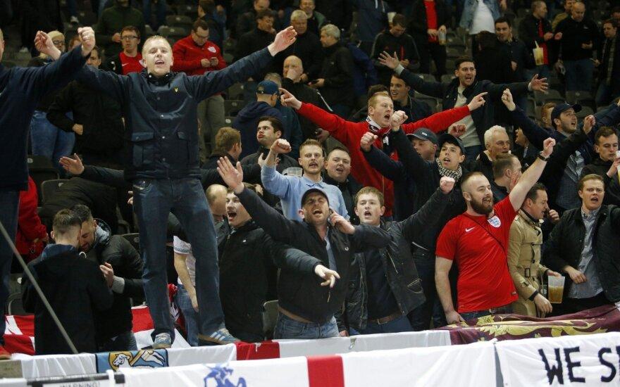 Anglijos futbolo rinktinės fanai