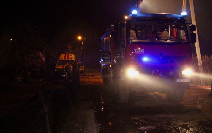 Didelis gaisras Panevėžio rajone: sąvartyne užsiliepsnojo atliekos