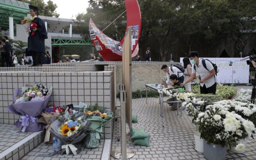 Alexo Chow mirtis Honkonge išprovokavo naują pykčio bangą
