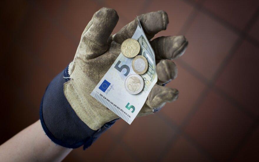 Neregėtas dosnumas: Lietuvoje 97 proc. darbdavių planuoja kelti algas