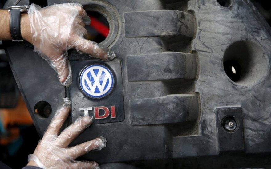 """P. Korėja """"Volkswagen"""" skyrė 11,6 mln. eurų baudą"""