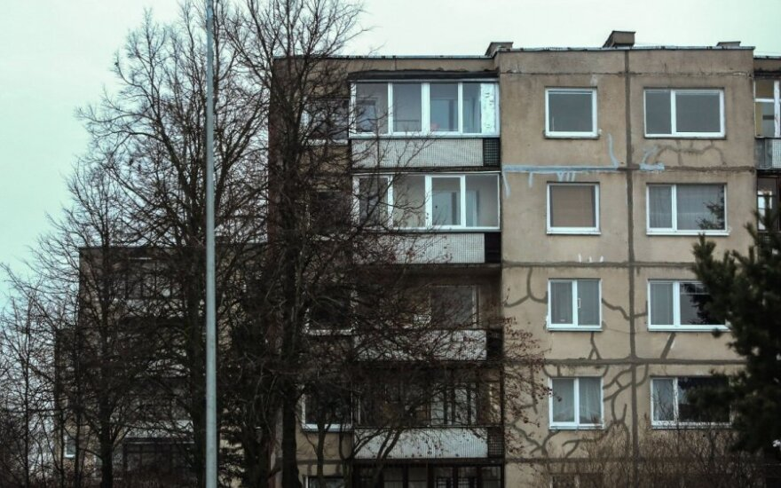 Fewer banks project housing price increases in Lithuania