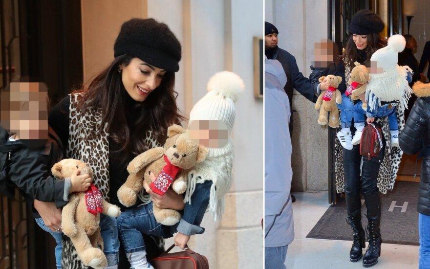 Amal Clooney su vaikais