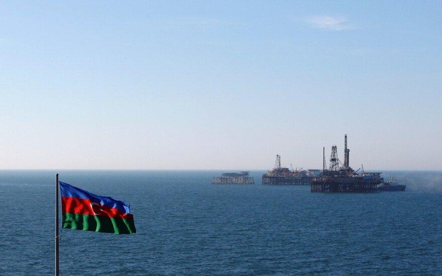 Kaspijos jūroje per gaisrą Azerbaidžano laive nukentėjo 14 žmonių