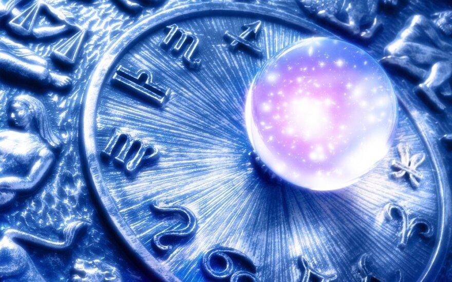 Astrologės Lolitos prognozė spalio 18 d.: kontrastinga diena