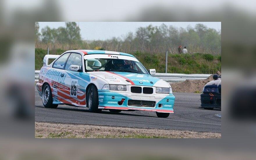 BMW 325 Cup lenktynės