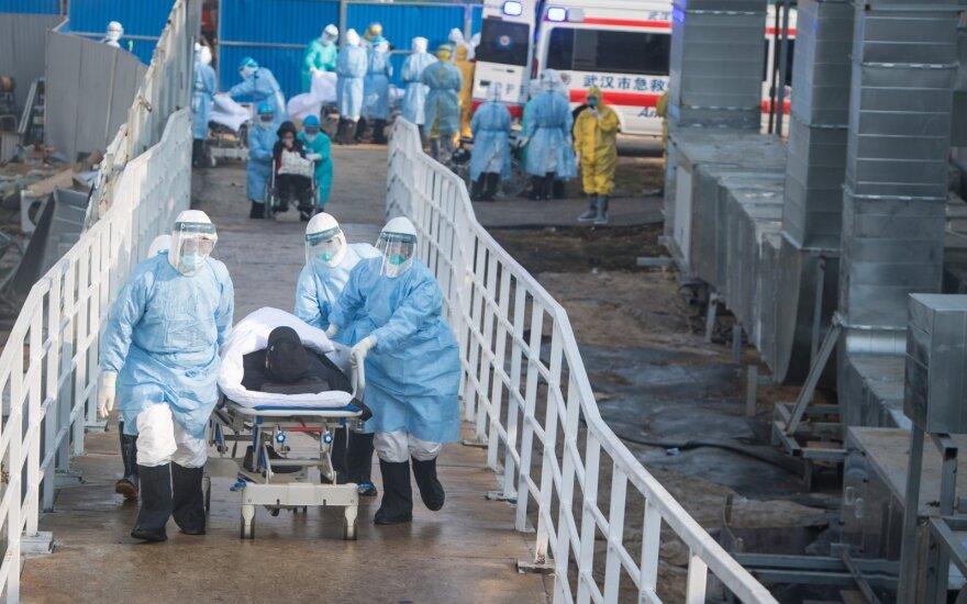 Skelbiama apie mirtiniausią dieną nuo koronaviruso