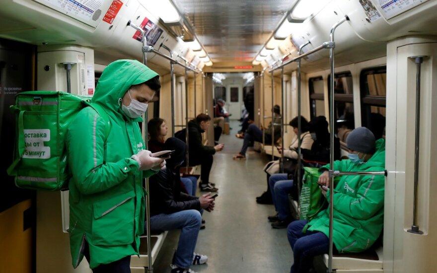 Rusijoje trečią dieną fiksuojamas rekordinis COVID-19 atvejų prieaugis, mirė 467 pacientai