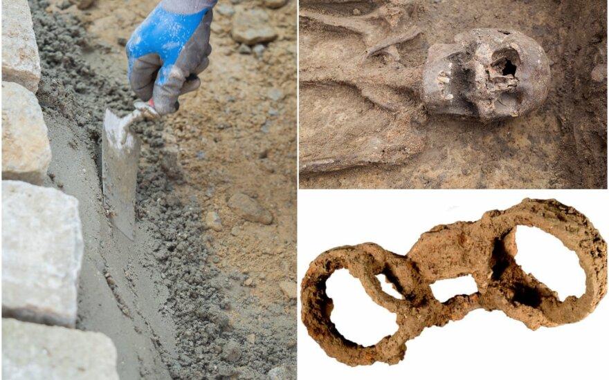 Skeletas buvo rastas palaidotas viename griovyje Didžiajame Kastertone, Ratlando grafystėje. Jį aptiko statybininkai, ketinę praplėsti vieną namą. MOLA / Scanpix asociatyvi nuotr.