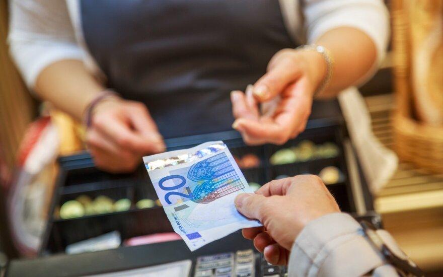 Tyrimas: smulkiojo ir vidutinio verslo iššūkis – mokėti vėluojantys klientai