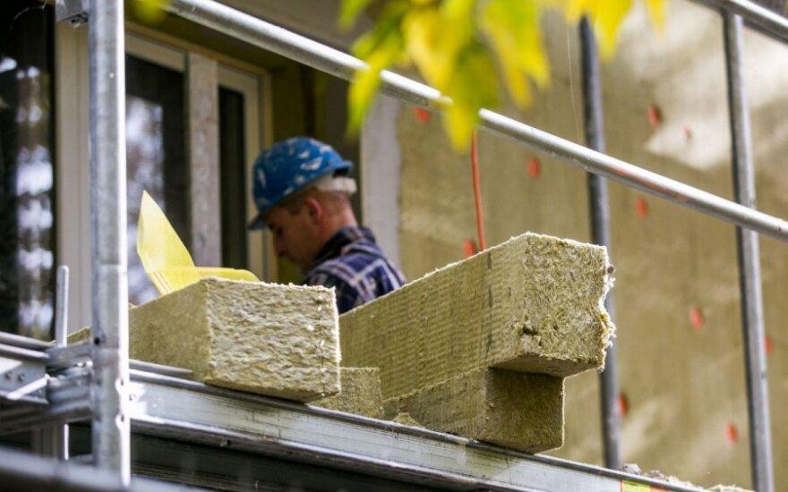 Kuria linkme patrauks būsto kainos: ką mano ekonomistai