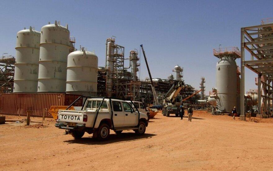 Islamistai Alžyre paėmė užsieniečius įkaitais dujų verslovėje