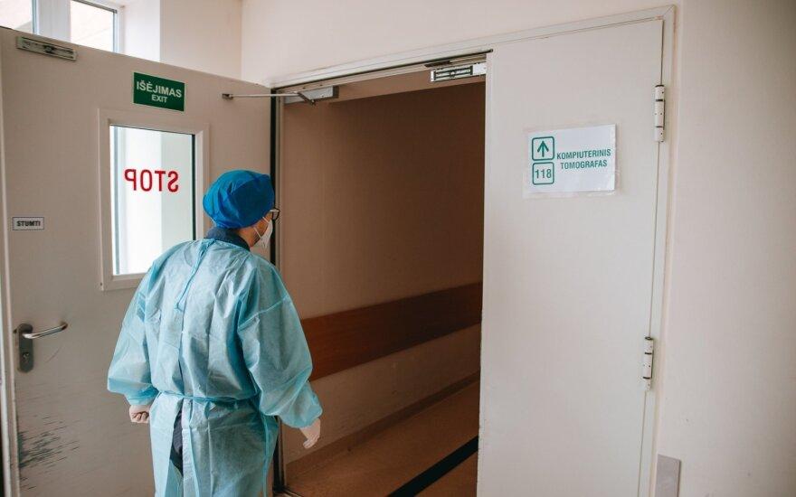 Lietuvoje nuo koronaviruso pasveiko 94 m. senolė