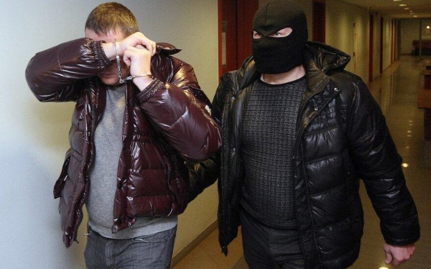 Suimta 17 kontrabandininkų, į Lietuvą atgabenusių cigarečių už dešimtis milijonų