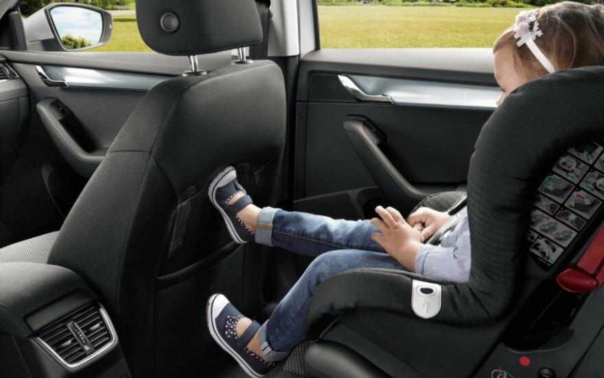JAV žvalgybos patentas žada pakeisti automobilines vaikų kėdutes