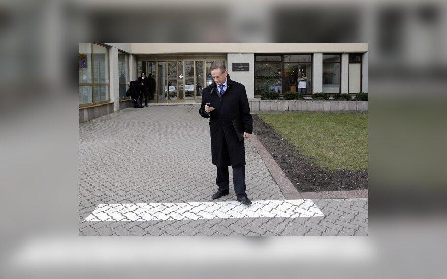 """Škotijos pirmasis ministras užsipuolė """"Hearts"""" sudarius """"velnio sandėrį"""" su V.Romanovu"""