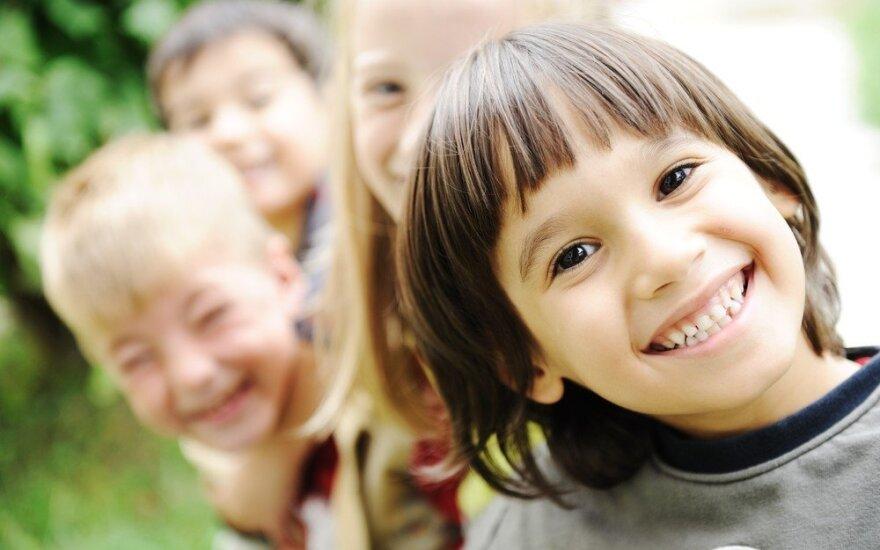 7 frazės, suteikiančios vaikams sparnus
