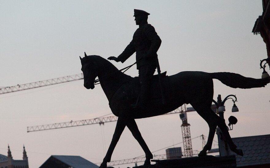 Rusijos arkliukas - netikėti ėjimai