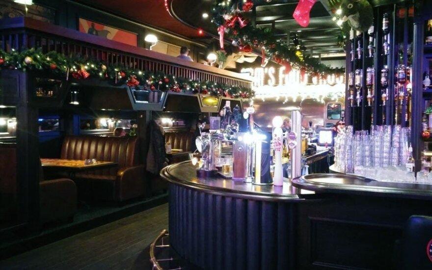 "Baras ""Uncle Sam's American Pub"""