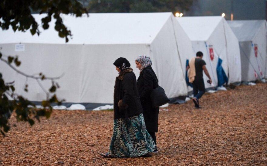 Švedija ketina įslaptinti pabėgėlių priėmimo centrus