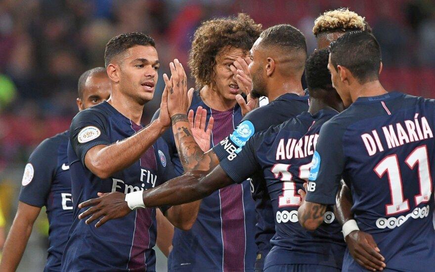 PSG klubas klubas iškovojo Prancūzijos supertaurę