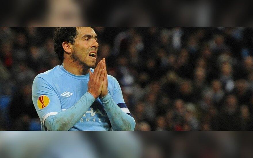 "Carlosas Tevezas (""Manchester City"")"