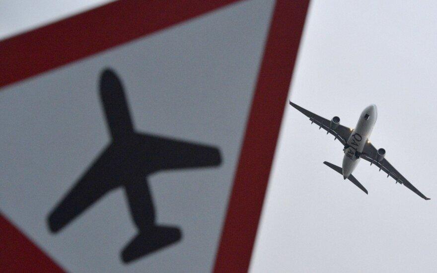 Rusijos gynybos ministerijos projekte – leidimas numušinėti keleivinius lėktuvus