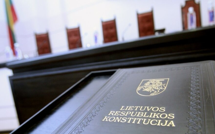 Former Constitutional Court judge: Lithuania can consider allowing dual citizenship