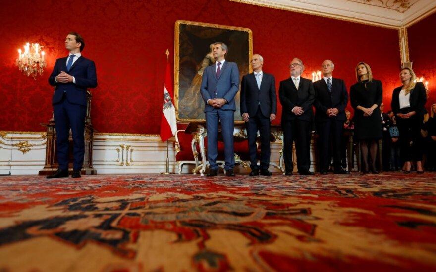 Austrijoje po skandalo prisaikdinti laikinieji ministrai
